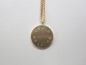 貴金属 ヴィトンのネックレス