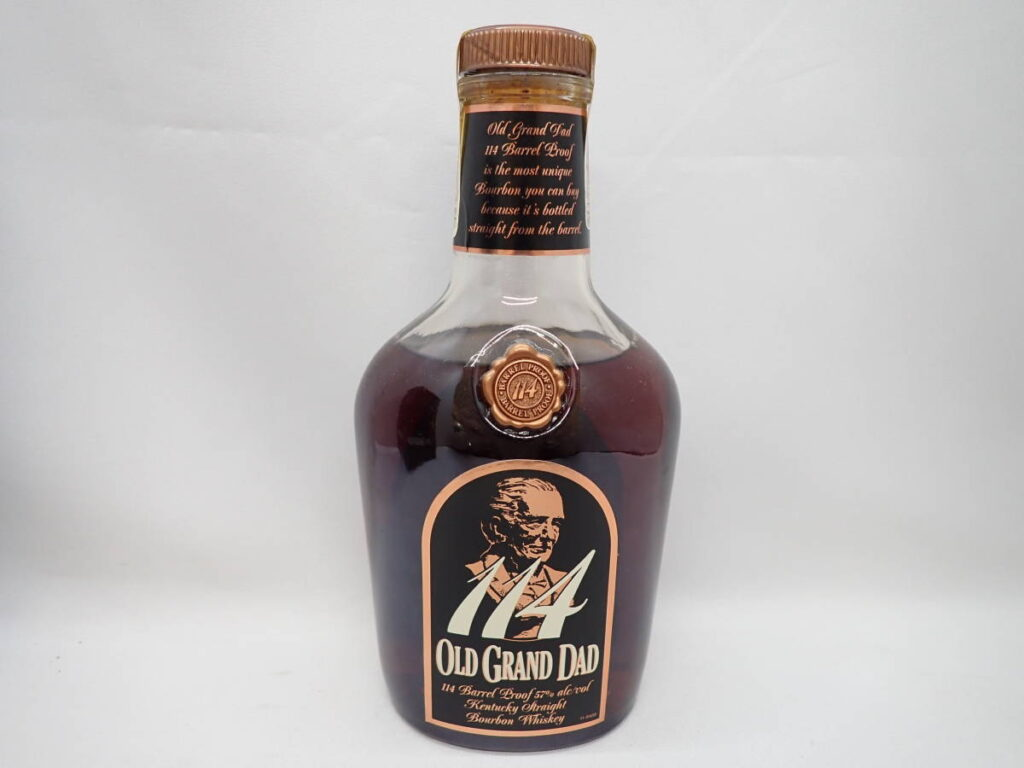 バーボン ウイスキー